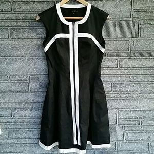 Nanette Lepore black/white fit flare dress size 4